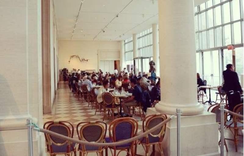 《纽约大都会博物馆的餐饮》