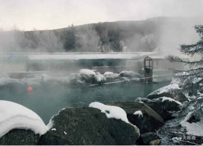 《泡温泉看极光 Chena Hot Springs》