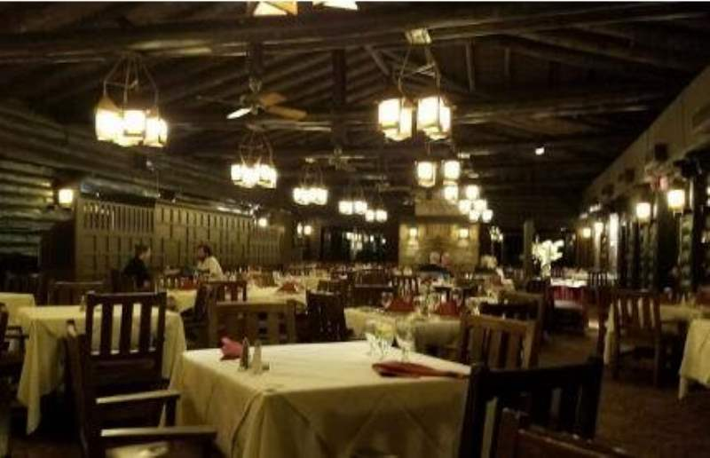 《大峡谷区域的餐饮》