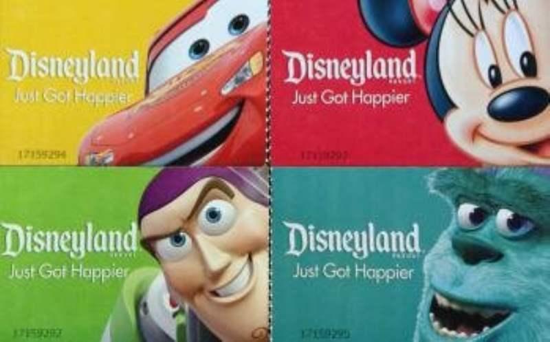 《迪士尼乐园的营业时间和门票》