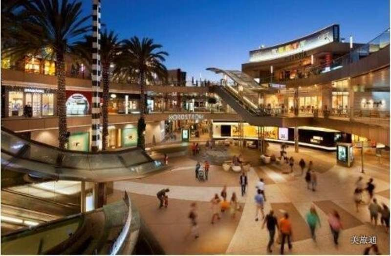 《圣莫妮卡的购物 Third Street Promenade》