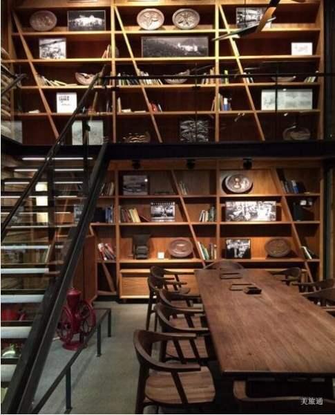 《西雅图星巴克烘培工坊 Starbucks Reserve Roastery & Tasting Room》