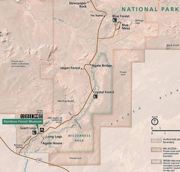 《石化森林国家公园的地图》