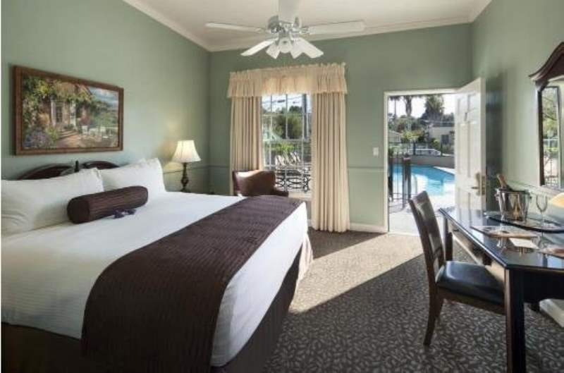 《圣巴巴拉的酒店推荐》