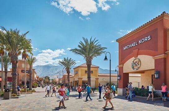 《棕榈泉沙漠奥特莱斯购物攻略美国旅游攻略组成员 美国旅游攻略》