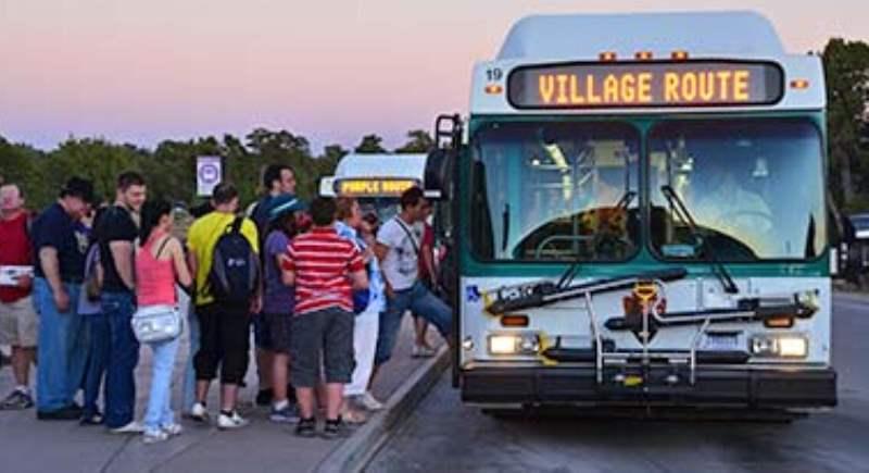 《大峡谷的免费班车 Shuttle Bus》