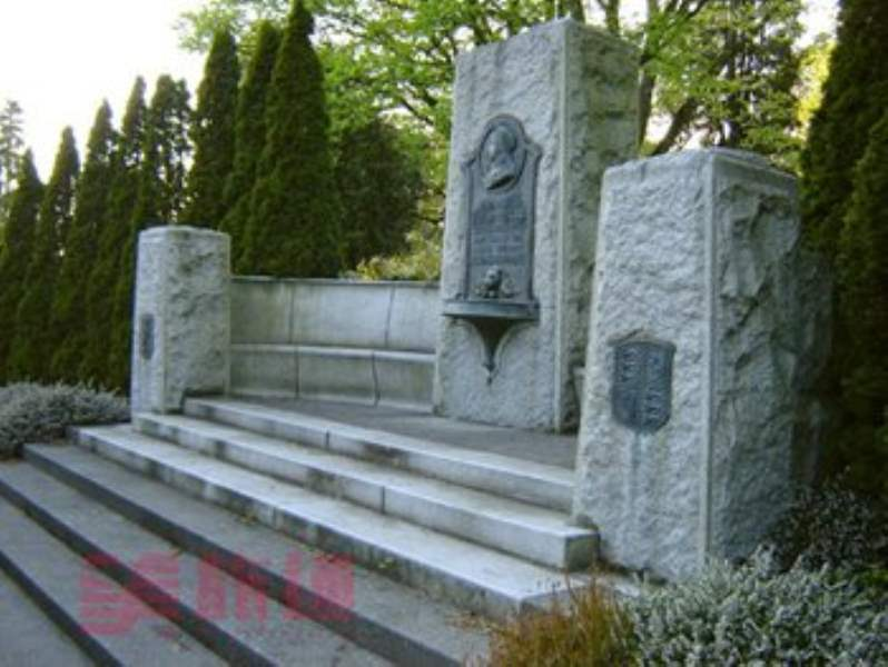 《斯坦利公园的纪念碑和雕塑》
