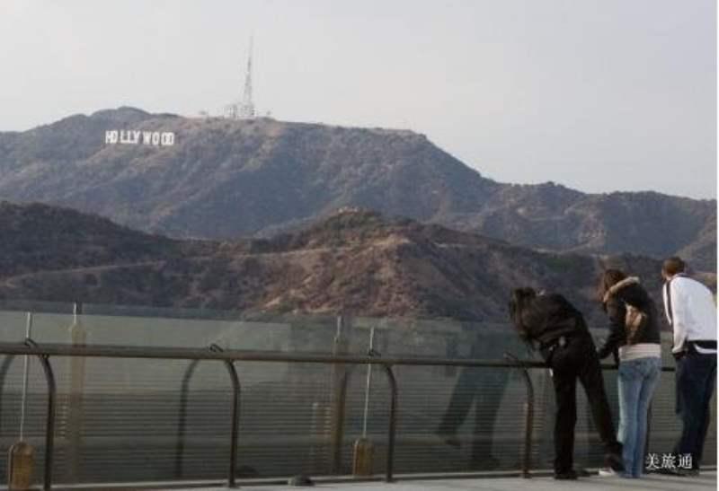 《适合看好莱坞标志的地方》