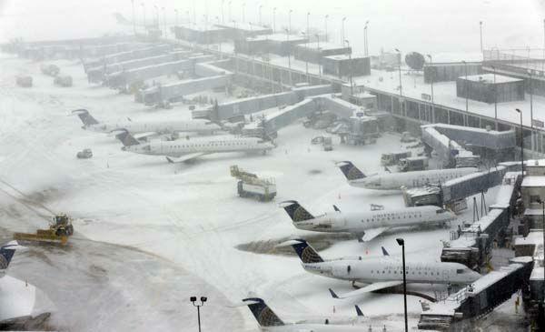 芝加哥机场下雪